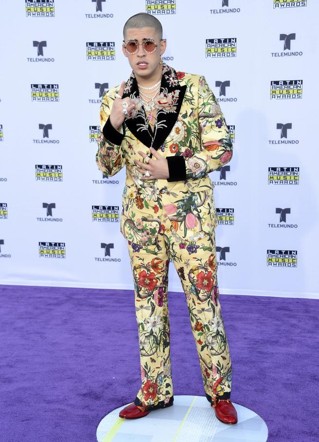 Top 5: famosos que se visten muy mal (FOTOS)