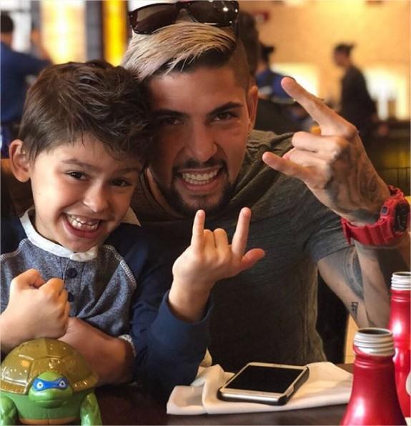 Berardinely y su hijo Valentino
