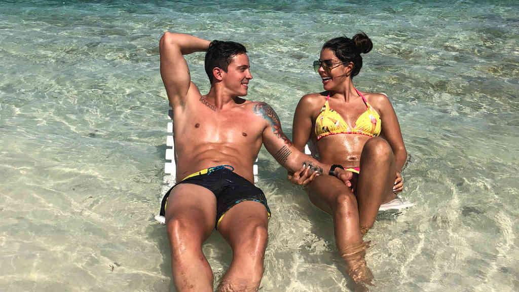 Kerly Ruiz y su nuevo novio.
