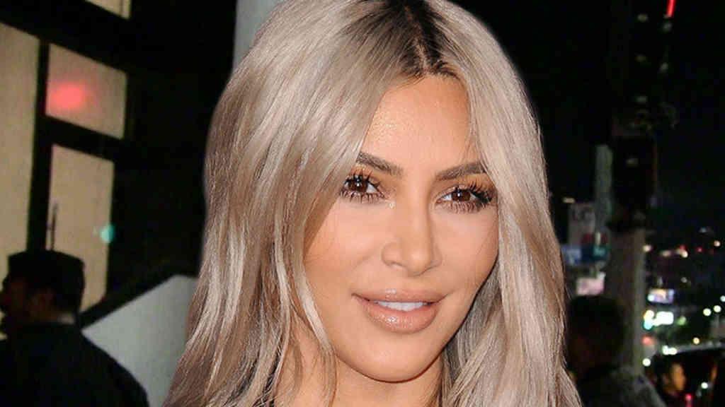 Kanye West prefiere a Kim Kardashian rubia