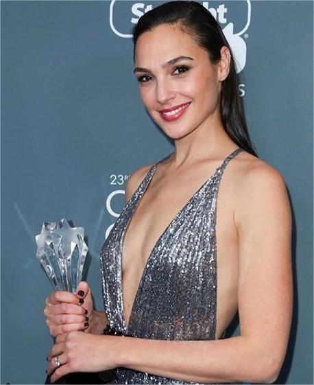 """96d1125e5 Aseguraron que no fue ninguna sorpresa que Gal saliera ganadora de la lista  debido a su importante participación en el filme """"Wonder Woman"""""""