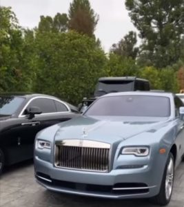 Travis Scott Le Regalo Un Rolls Royce Personalizado A Kylie Foto