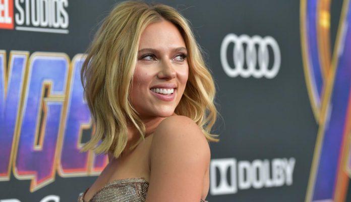 Scarlett Johansson se lució en la premiere de