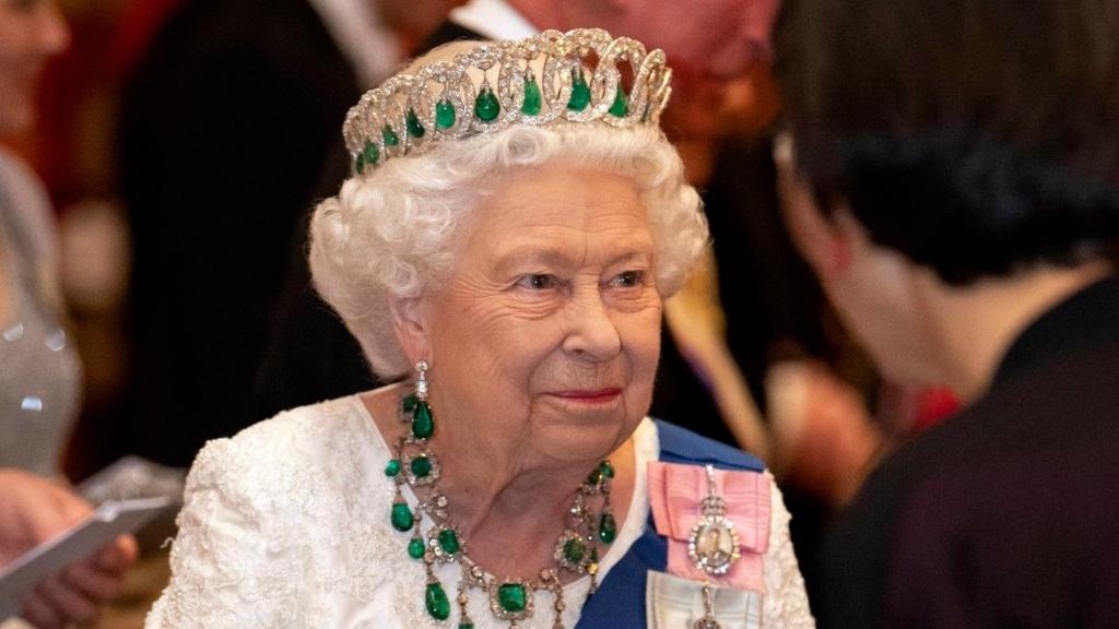 Isabel II - Cortesía