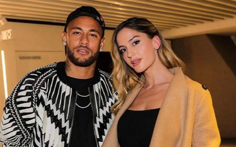 Natalia y Neymar Jr.