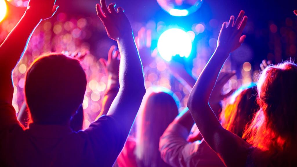 Corona Party - Cortesía