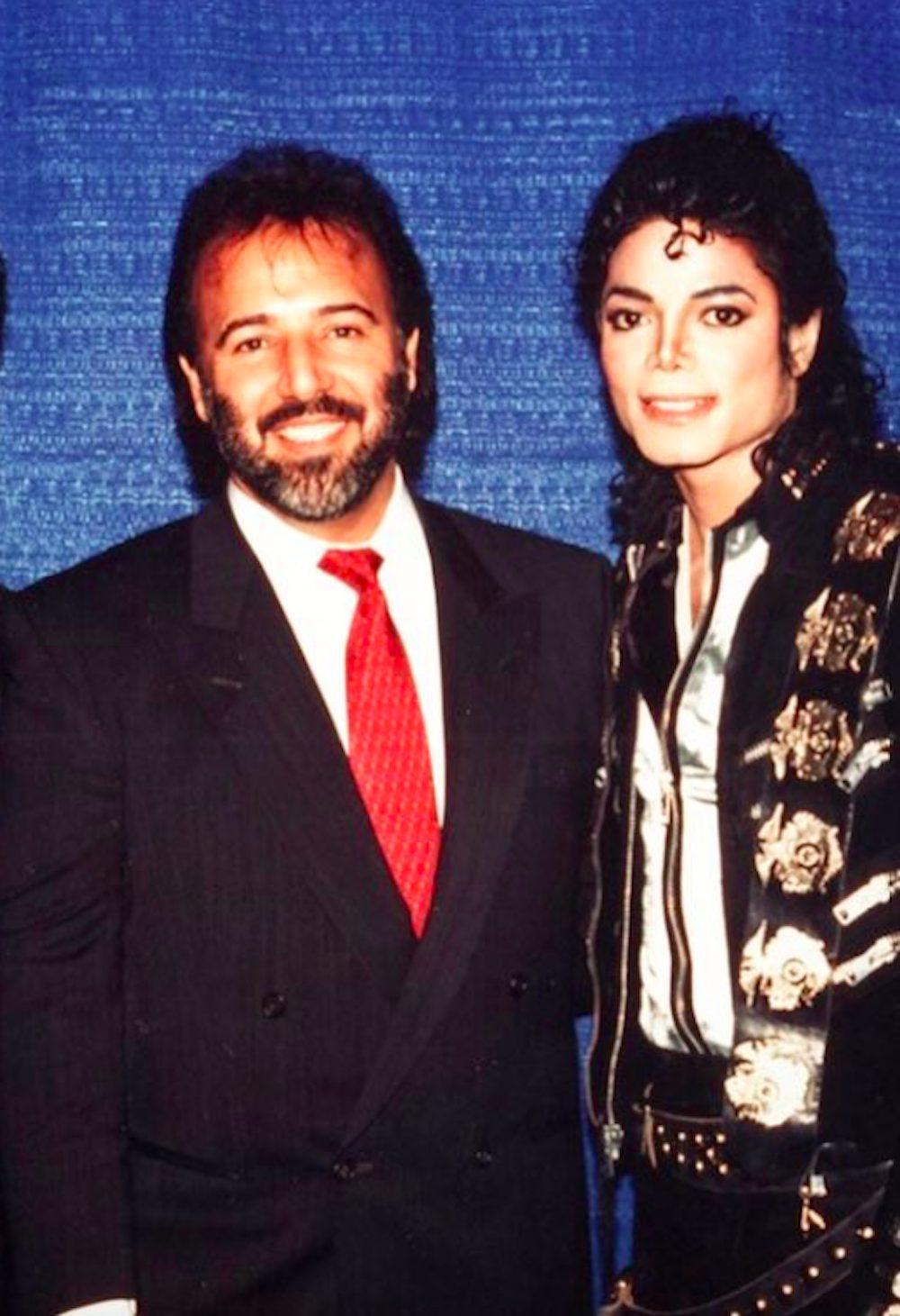 Tommy Mottola y Michael Jackson - Foto- Cortesía