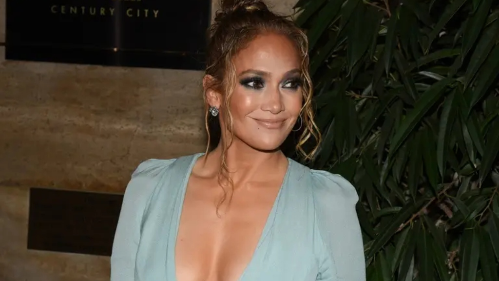 Jennifer-López-sobrino-trans