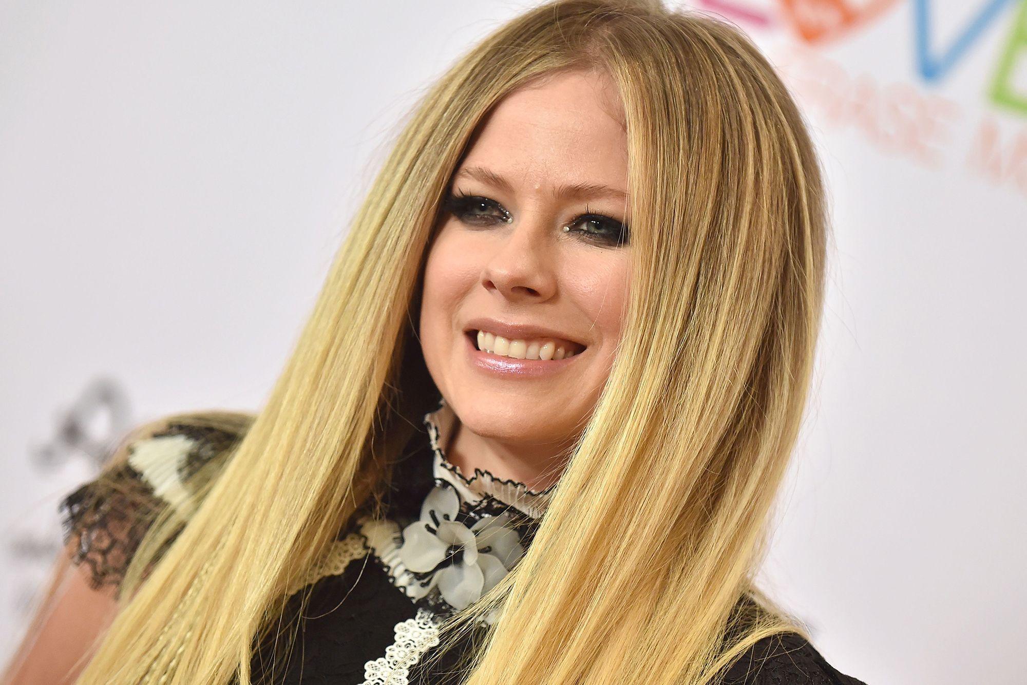 Avril-Lavigne-hb