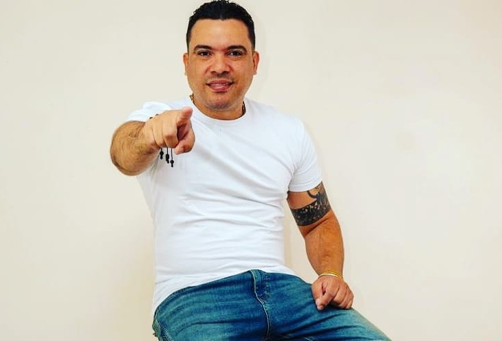 Carlos-Bronco-dj