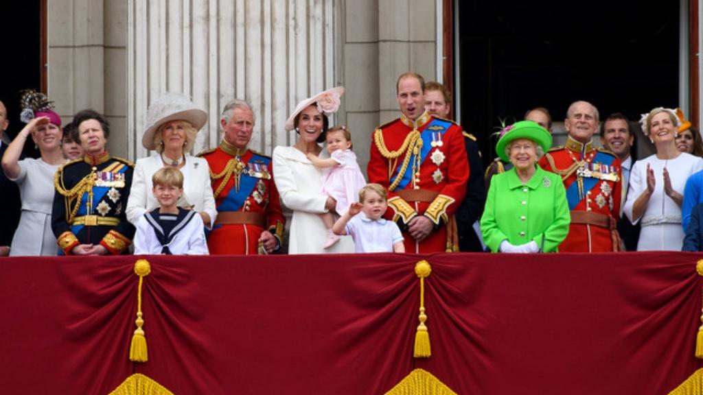 Familia Real - Cortesía