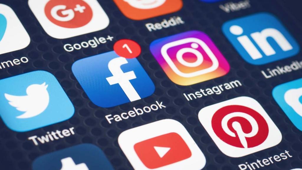 Redes Sociales - Cortesía