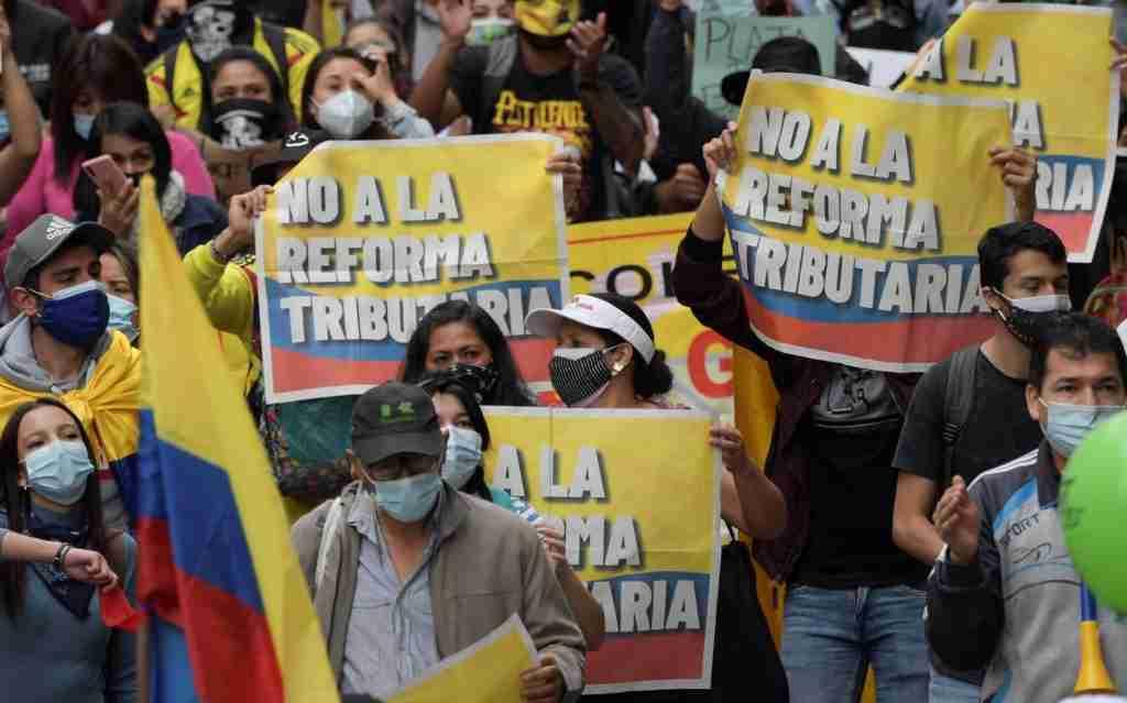 Luciano D´ Alessandro se pronuncia ante las protestas de Colombia (1)
