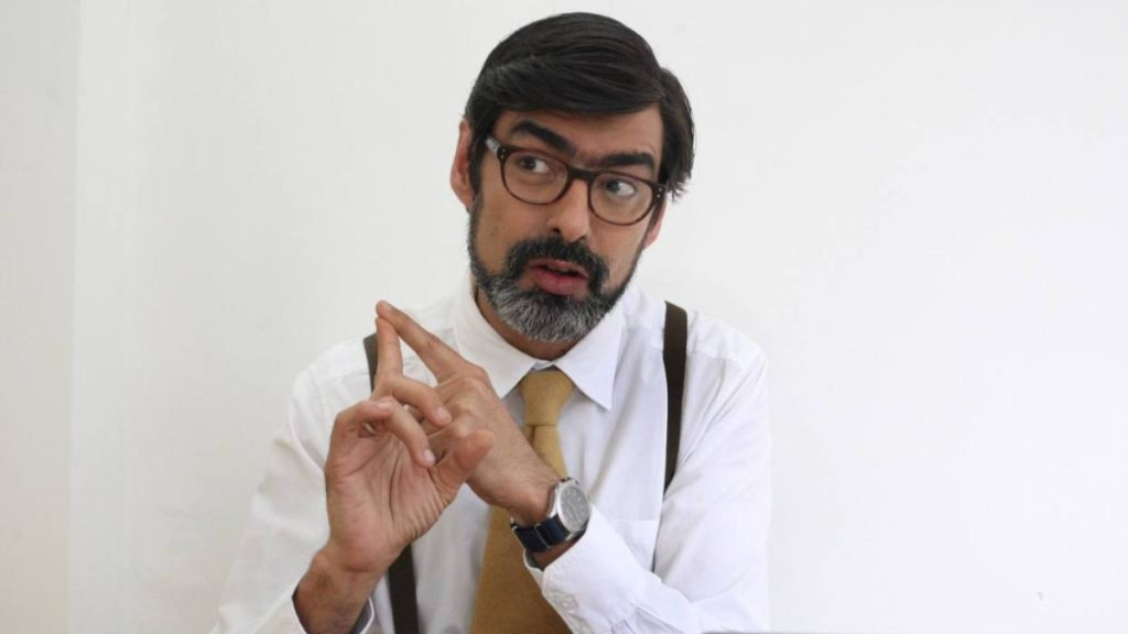 Profesor Briceño - Cortesía