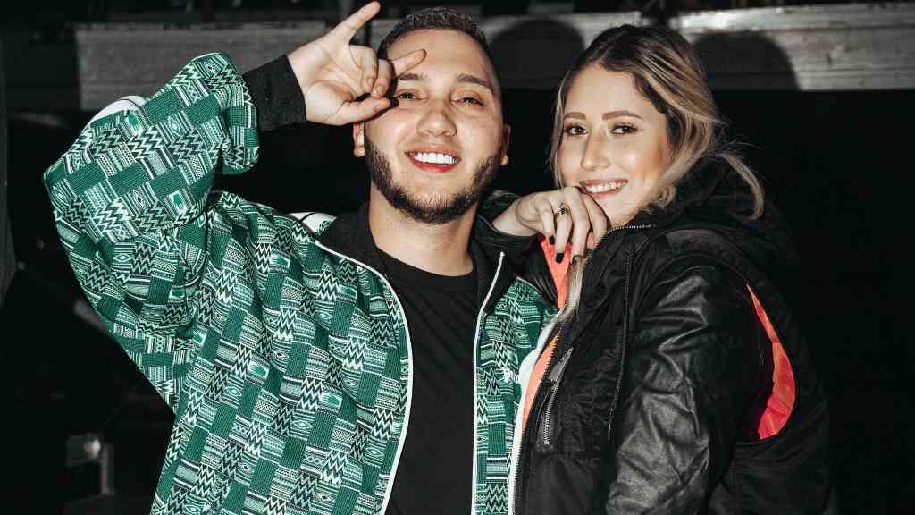 _Pollo_ Ujueta y su novia Valeria (+) - Cortesía