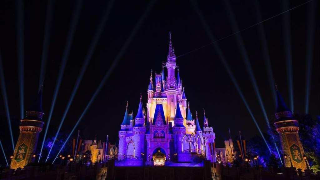 Disneyland-Cortesía